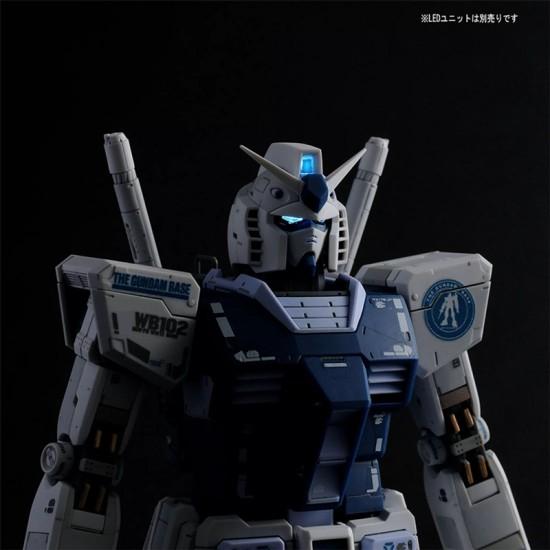 Bandai MG 1/100 The Gundam Base Limited RX-78-2 Gundam Ver. 3.0 (Gundam Base Color)
